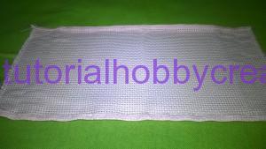 Tutorial per realizzare una borsetta portaconfetti in tela aida (4)