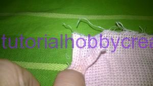 Tutorial per realizzare una borsetta portaconfetti in tela aida (5)