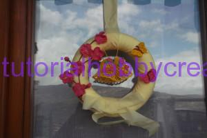 Tutorial per realizzare una ghirlanda di Pasqua con campane farfalle e fiori ll'uncinetto (10)