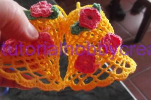 Tutorial per realizzare una ghirlanda di Pasqua con campane farfalle e fiori ll'uncinetto (5)