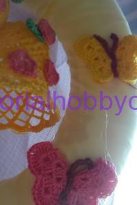 Tutorial per realizzare una ghirlanda di Pasqua con campane farfalle e fiori ll'uncinetto (9)