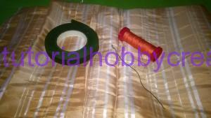 tutorial per realizzare una piccola rosellina di stoffa (2)
