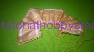 tutorial per realizzare una piccola rosellina di stoffa (6)