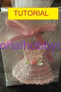 Tutorial per realizzare un mini vestitino bomboniera nascita e battesimo (1)