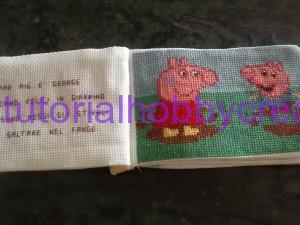 Tutorial per realizzare un libro gioco per bambini in tela aida ricamato a punto croce (21)