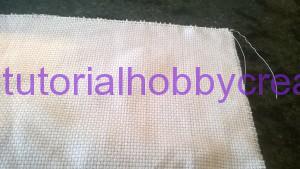 Tutorial per realizzare un sacchetto asilo con inserto in tela aida da ricamare a punto croce (4)